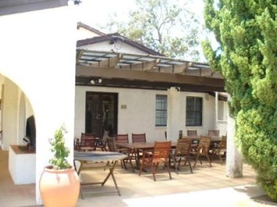 The Oaks Ranch  Country Club - Newcastle Accommodation