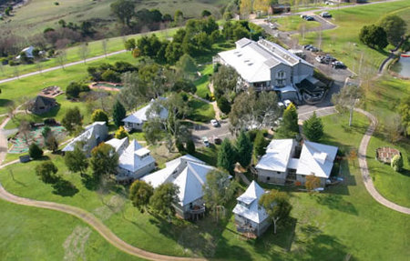 Pinnacle Valley Resort - Newcastle Accommodation