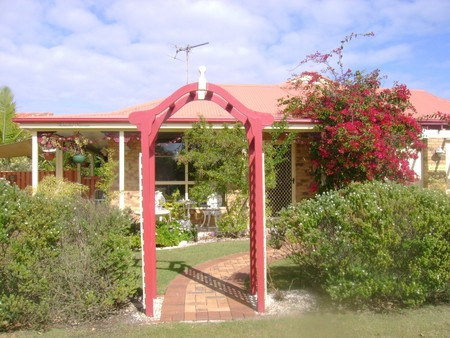 Angels Beach Lodge - Newcastle Accommodation