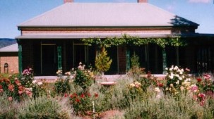 Old Wallinga Country - Newcastle Accommodation