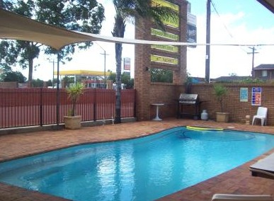 Town And Country Motor Inn Cobar - Newcastle Accommodation