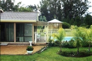 Tallowood Ridge Farmstay B - Newcastle Accommodation