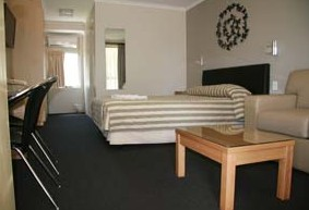 Queensgate Motel - Newcastle Accommodation