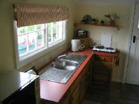 Groombridge Cottage - Newcastle Accommodation