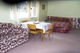 Quamby Pines Chalet B  B - Newcastle Accommodation