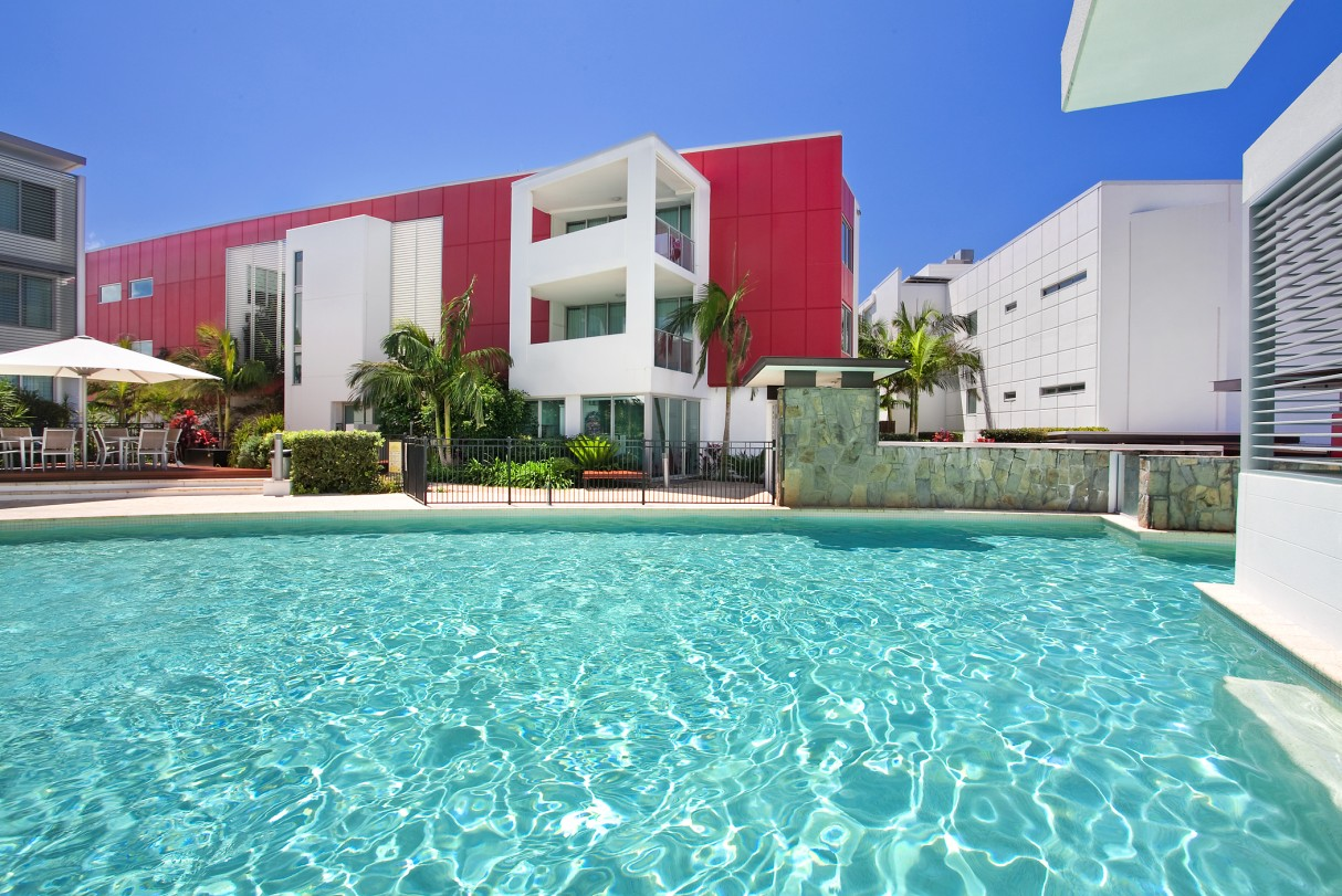 Element on Coolum Beach - Newcastle Accommodation
