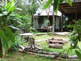 Ride On Mary Bush Cabin Adventure Stay - Newcastle Accommodation