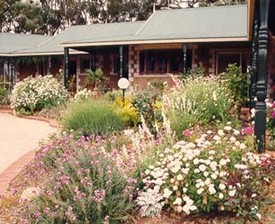 Red Gum Lagoon Cottages - Newcastle Accommodation