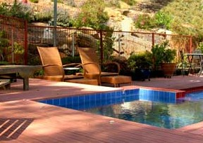 Amazing Country Escapes - Wombadah Guesthouse - Newcastle Accommodation
