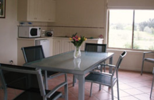 Burns B and B and Yabby Farm - Newcastle Accommodation