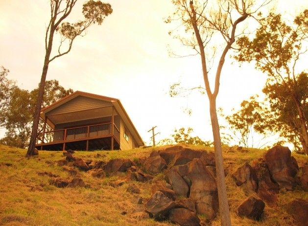 ecoRidge Hideaway - Newcastle Accommodation