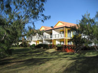 Coral Cove Resort  Golf Club - Newcastle Accommodation