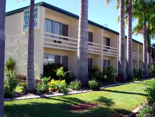 Palm Waters Holiday Villas - Newcastle Accommodation