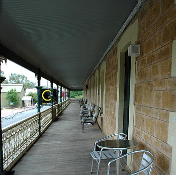 Hotel Mannum - Newcastle Accommodation