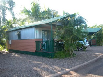 Ivanhoe Village Caravan Resort - Newcastle Accommodation