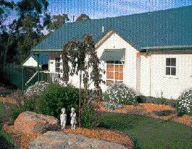 St Andrews Homestead - Newcastle Accommodation