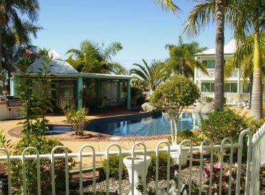 Reef Adventureland Motor Inn - Newcastle Accommodation