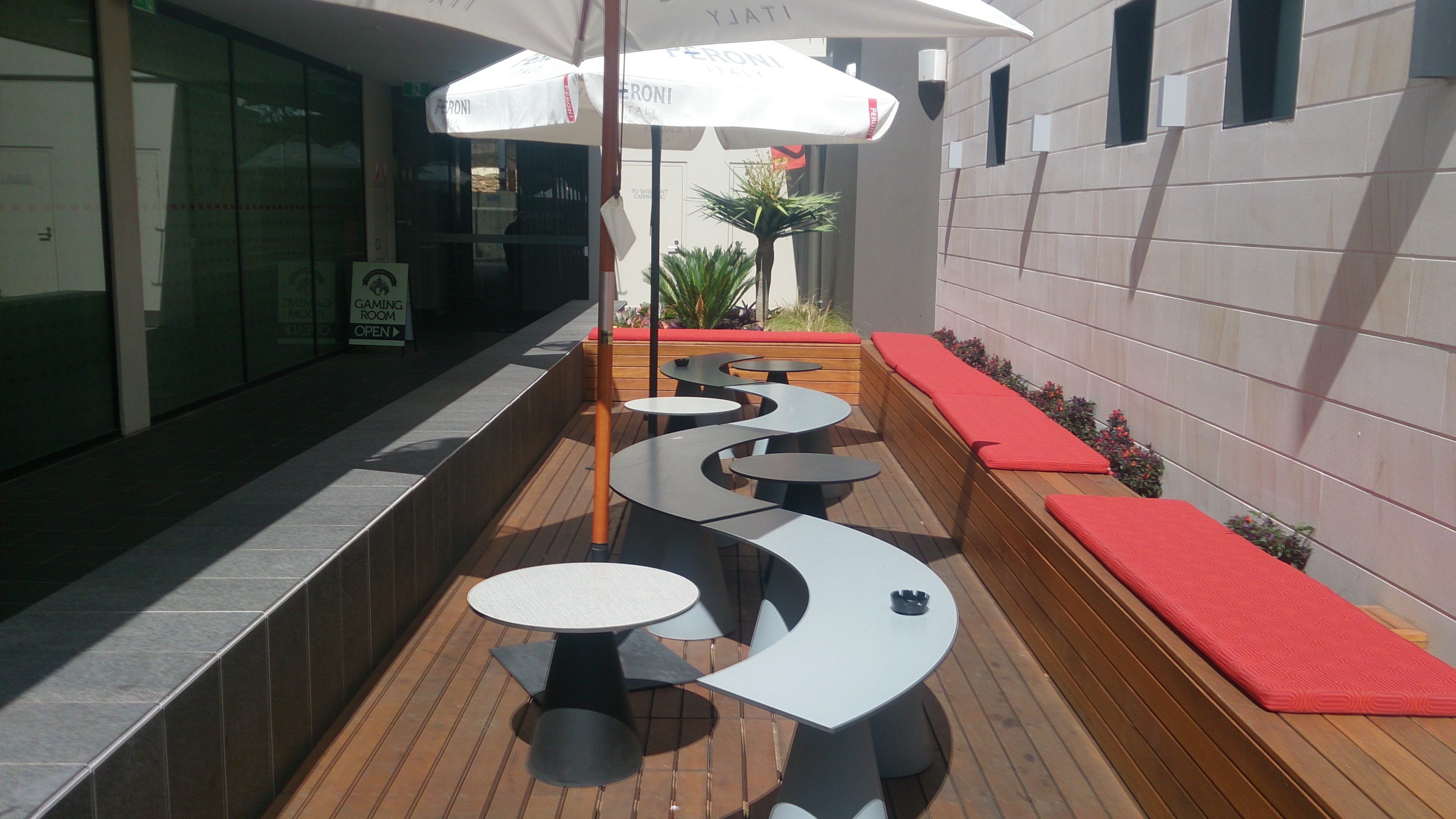 Golden Fleece Hotel - Newcastle Accommodation