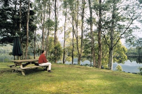Tullah Lakeside Chalet - Newcastle Accommodation