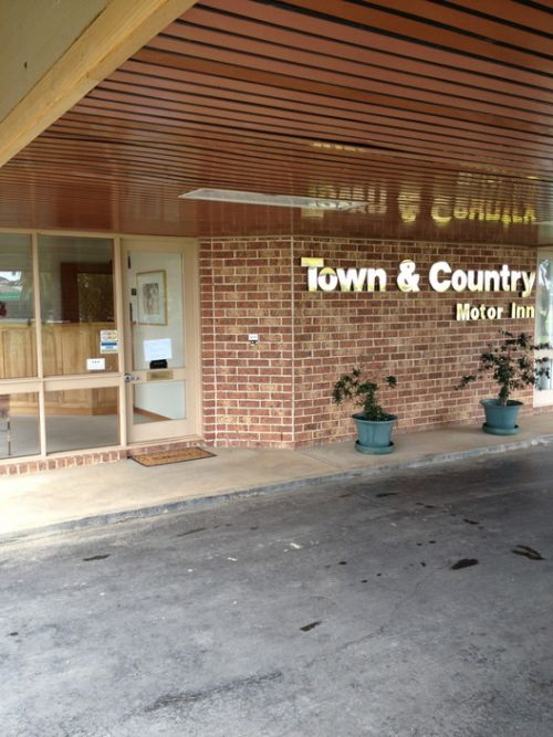 Town amp Country Motor Inn Forbes - Newcastle Accommodation