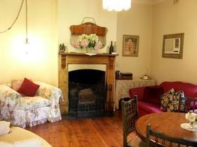 Elderberry Cottage - Newcastle Accommodation