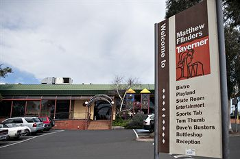 Matthew Flinders Hotel - Newcastle Accommodation