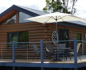 Windermere Cabins - Newcastle Accommodation