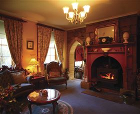 Oatlands Lodge Colonial Accommodation - Newcastle Accommodation