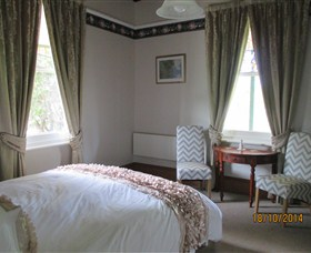 Cygnet's Secret Garden - Boutique Bed and Breakfast - Newcastle Accommodation