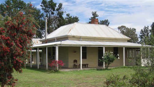Savernake Farmstay - Newcastle Accommodation