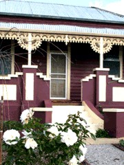 Blue Diamond Cottage - Newcastle Accommodation