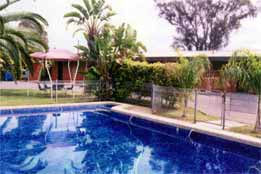 Overlander Hotel Motel - Newcastle Accommodation