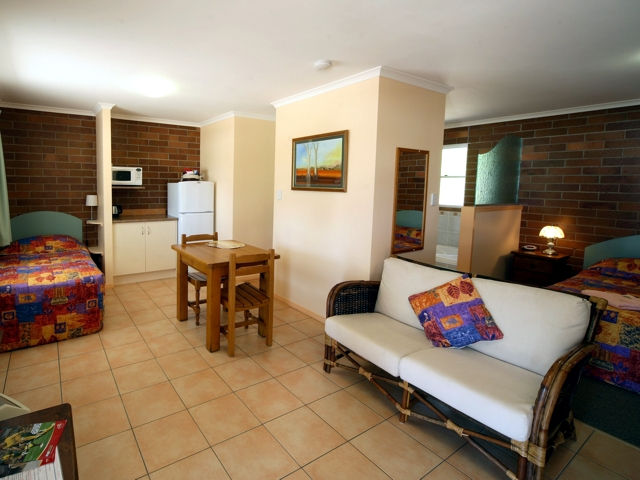 Rubyvale Motel  Holiday Units - Newcastle Accommodation