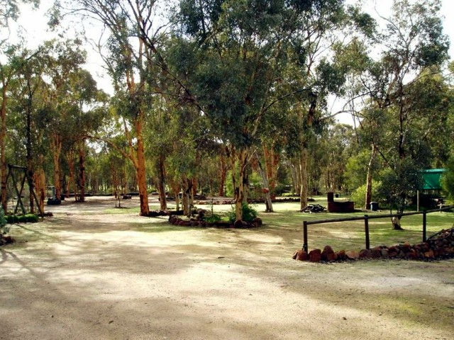 Toodyay Holiday Park  Chalets - Newcastle Accommodation