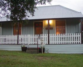 Tinonee Cottages - Newcastle Accommodation