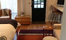 Milo's Bed and Breakfast - Newcastle Accommodation