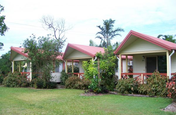 Flying Fish Point Tourist Park - Newcastle Accommodation