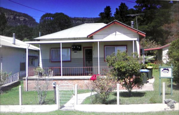 CASS Cottage - Newcastle Accommodation