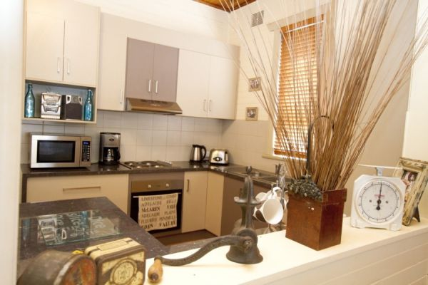 Anderl's Beach Cottage - Newcastle Accommodation