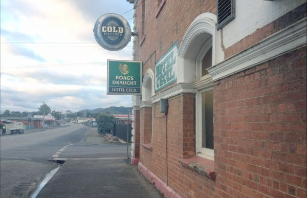 Cecil Hotel Zeehan - Newcastle Accommodation