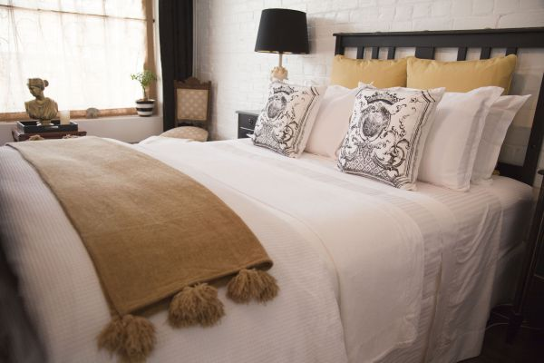 Chiltern Cottage and Indigo Suite - Newcastle Accommodation