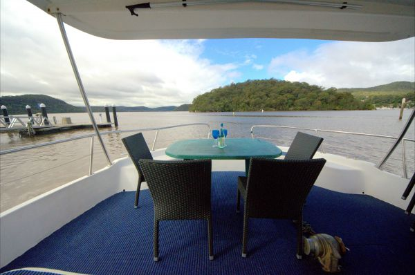 Luxury Afloat Hawkesbury River and Brooklyn - Newcastle Accommodation