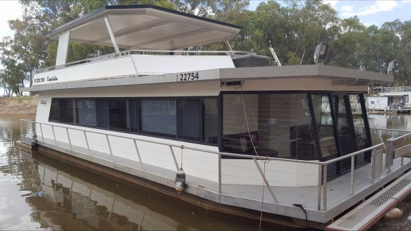 Murray Downs Marina Houseboats - Newcastle Accommodation