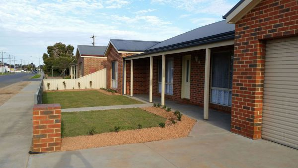 Numurkah Self Contained Apartments - Newcastle Accommodation