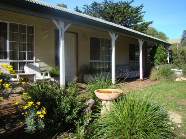 Peppertree Cottage - Newcastle Accommodation