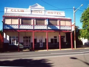 Club House Hotel - Newcastle Accommodation