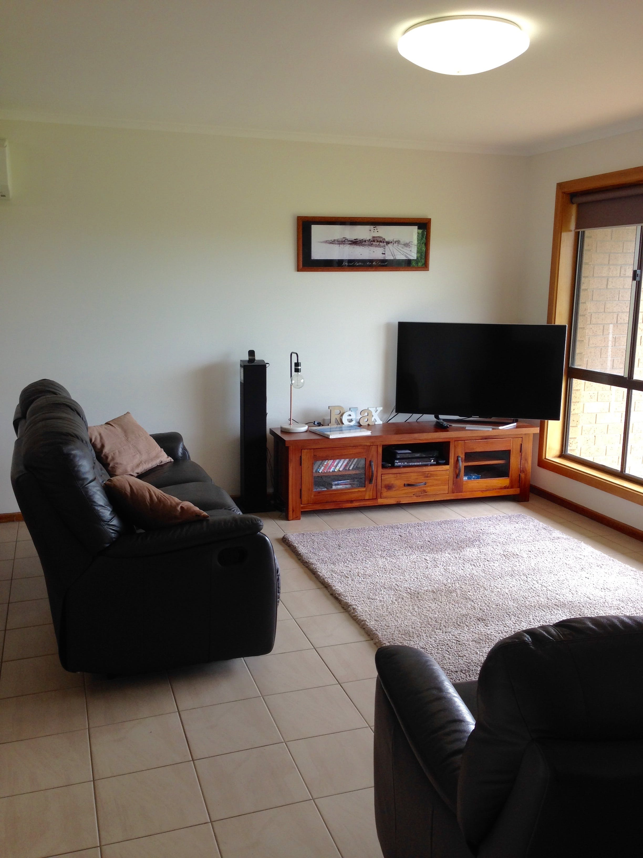 Springs Beach House - Newcastle Accommodation