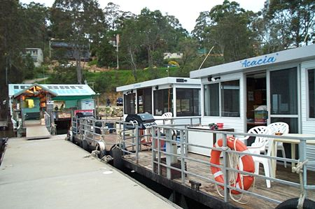 Clyde River Houseboats - Newcastle Accommodation
