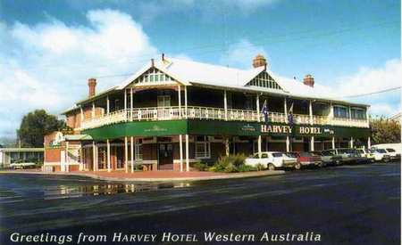 Harvey Hotel - Newcastle Accommodation