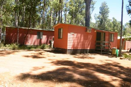 Dwellingup Chalets And Caravan Park - Newcastle Accommodation